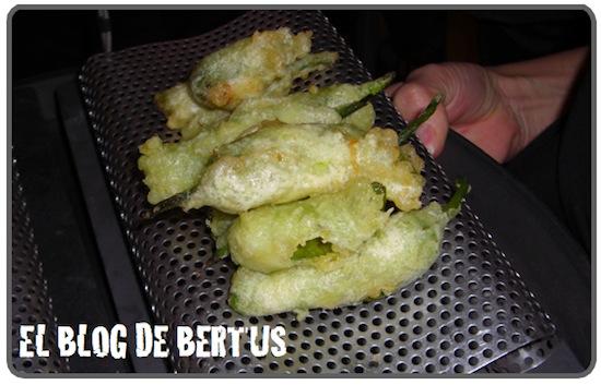 pimientos_padron_quesocabra_tempura